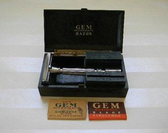 RAZOR, Vintage Gem Micromatic Razor with Original Case