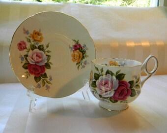 Vintage ROYAL CREST England Bone China Teacup
