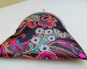 Kimono Style Evening Bag, black Background oriental Flowers, Kissing Clasp, with Chain