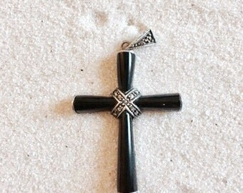 Onyx and Sterling Silver 925 Cross