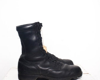 40% off SALE 7.5 W | 1989 Black Combat Army Boots Standard Issue Military Boots