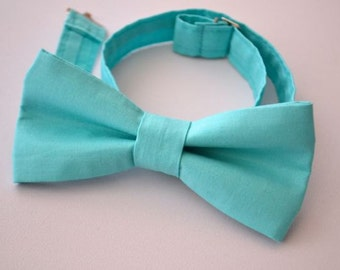 Mens Bowtie in Turquoise Cotton