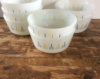 Vintage Anchor Hocking Fire King Candle Glow Custard Cup Set / Ramekin Custard Cups / Milk Glass Custard Baking Dish