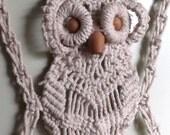 Medium off white macrame Owl wall towel holder wall hanging, vintage