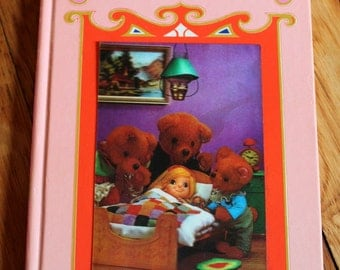 Vintage 'Goldilocks and the Three Bears' My Tiny 3D Book Series