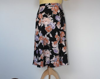 Swishy 90s Floral Skirt Floral Pattern