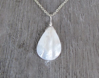 White pearl pendant Mother of pearl shell pendant abalone jewelry silver dainty chain teardrop pendant bead