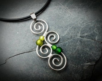 Meaningful Necklace - LUMINATE - with Polarisbeads GREEN  New Zealand Koru wire wrapped - Maori Symbol - Silver - friendship gift