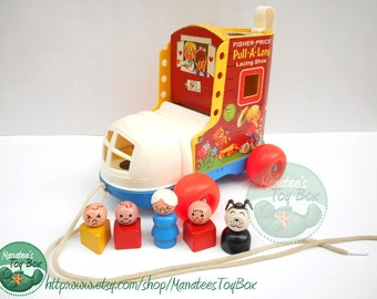 Vintage Fisher Price Little People Pull-a-Long Lacing Shoe with 5 Wooden Little People 1970s