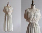 1970s Cream Poinsettia Dress