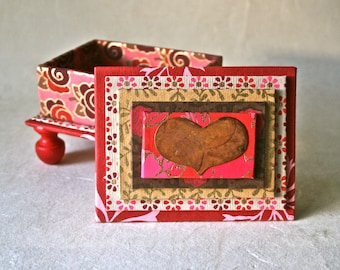 Floral Reds Handmade Box with Rusted Heart for Romantic Gift and Decor