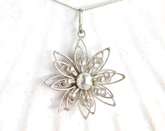 Filigree flower Necklace - Silver toned Pendant on Chain