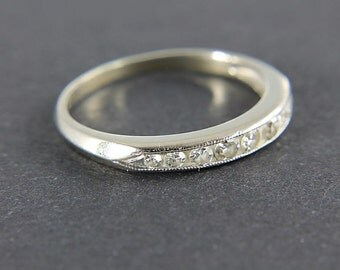 Art Deco Wedding Band, 18k white Gold Diamond Ring, Anniversary Band, size 4 stacking ring