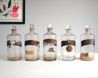 five antique glass apothecary chemist pharmacy jars with stoppers