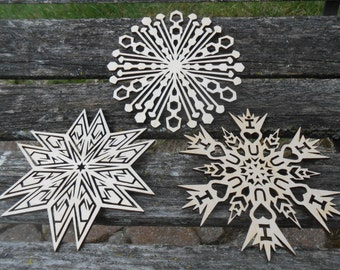Wood Snowflake Ornament, Set of 3. Laser Cut. Christmas, Holiday Decoration, Gift. Mom, Dad.