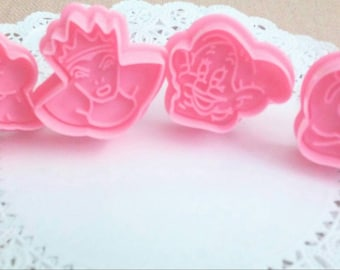 Snow White cookie fondant plungers
