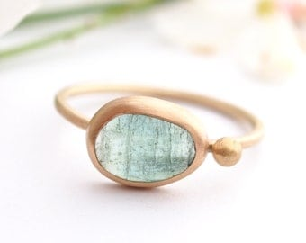 Tourmaline Ring. Gold Ring. Bezel Ring. Green gemstone. Alternative engagement ring. Cocktail Ring. October Birthstone. Gift for her.