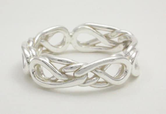eternal love celtic knot ring. Black Bedroom Furniture Sets. Home Design Ideas