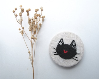 Embroidery - Pin Bordado - Embroidered Pin - black cat