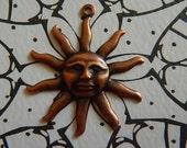 Antiqued Copper Copper Ox Sun Face Charm Drop Pendant Stamping One-Sided