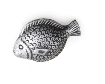 Fish drawer handles etsy for Fish cabinet knobs