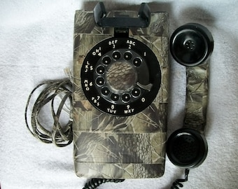 Ultimate Man Cave Vintage Working NE 554 1965 Wall Telephone In Duck Tape Camo