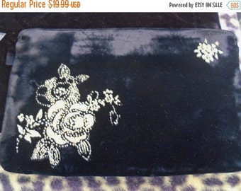Christmas In July Sale Black Velvet Clutch with Gold Flower Motif 1980's Vintage Mad Men Rockabilly Mod Bettie Paige Marilyn Monroe style