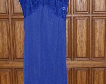 Vintage Royal Blue Full Slip Warner's Compli-Fit Size 36A All Nylon