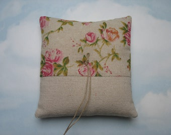 SALE * REDUCED PRICE * Burlap wedding ring pillow. Hessian ring cushion.