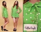 Sale 60s Vtg LIME Green Polka Dot String Tie Collar Micro Mini Dress / 100% Cotton Sheer Sleeve Twiggy MOD Dolly Bobbie Brooks GoGo Babydoll