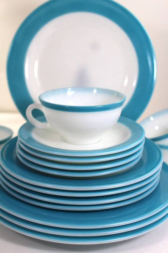 turquoise pyrex vintage dinnerware set for four