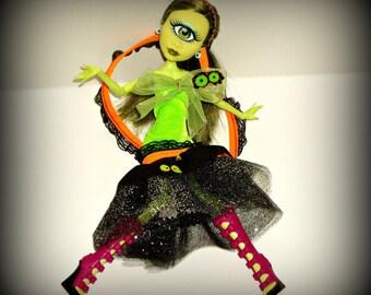 Halloween Dress for Monster High Dolls, Eyeball Halloween Outfit, Iris Clops, Regular Size MH dolls, Handmade Doll Fashion by traveller240