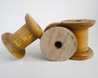 3 vintage style wooden spool bobbins reels for ribbons storage wool yarn - 5x5cm