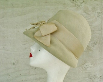 Hat Beige Imported Velour Cloche 30s 40s