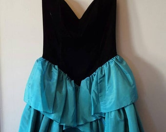 Vintage 1980's Jessica McClintock Gunne Sax  Sweetheart Neckline Strapless Party Dress, Size 9