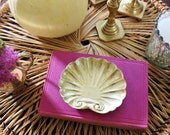 Solid Brass sea shell dish, bowl, vintage brass shell paperweight, home decor