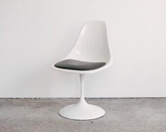 Mid Century Swivel Tulip Chair