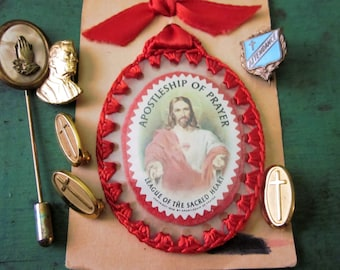 FREE SHIPPING Group of Vintage Religious Items Pins Catholic