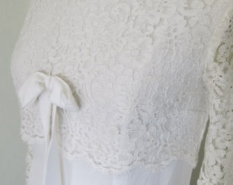Vintage wedding dress with ribbon and lace