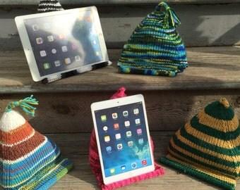 EReader & Tablet pillow stand