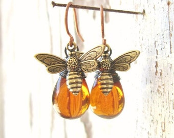 Mother's Day Gift. Honey Bee Earrings. Honey Bee Jewelry.Wire Wrapped Drops Honey Amber Earrings.Amber Glass Dangle Earrings.Amber Jewelry
