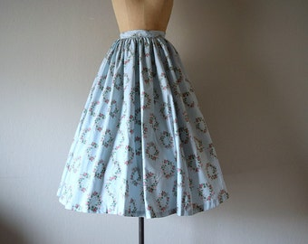 50% SALE . 1950s rose print skirt . vintage 50s blue skirt