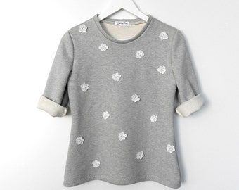 Simple Slightly Fitted Gray Jersey Handmade Sweater with 3 D Lace Flowers / Casual yet Charming Sweater Top fit for S / M sized Women