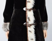 Vintage 1960's 70's BONWIT TELLER Couture Native Tapestry Trimmed Faux Fur HiPPiE BoHo Penny Lane Almost Famous Coat M
