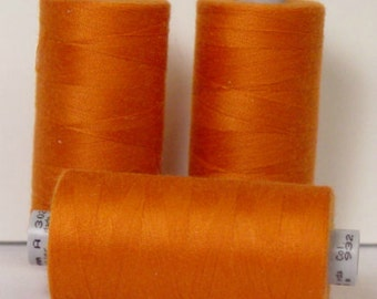 GUTERMANN Mara 100 Polyester Thread ONE (1) Spool 1,094yd Burnt Orange 982