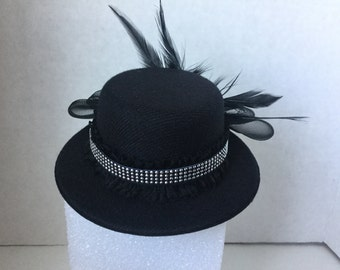 Hat,Fascinator,New Years Eve Fascinator, New Years Eve Hat,Black Fascinator, Black Mini Hat, Black Costume Hat, Black Mini Derby,