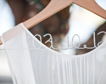 Gift for Bride to Be, Bridal Dress Hanger featuring Wedding Date, Wedding Hanger, Bridal Shower Gift, Personalized Hanger