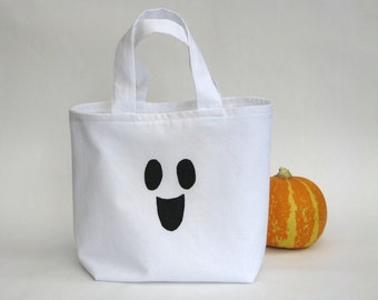 Halloween trick-or-treat bag friendly ghost - white black