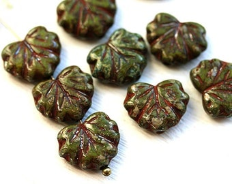 Picasso leaf beads, Dark green Czech glass leaves, Maple leaf, picasso beads - 11x13mm - 10Pc - 1958