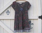 Bohemian clothing, XS, long tunic, hippie chic, gypsy cowgirl, casual romantic, gray floral, upcycled clothing Shaby Vintage
